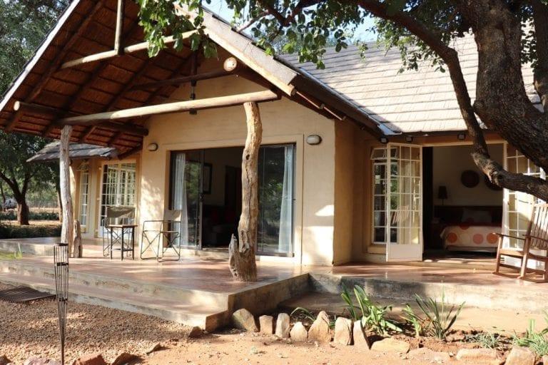 Murchison view cottage exterior 3